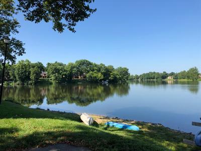 Lexington Condo/Townhouse For Sale: 2414 Lake Park Road #3304