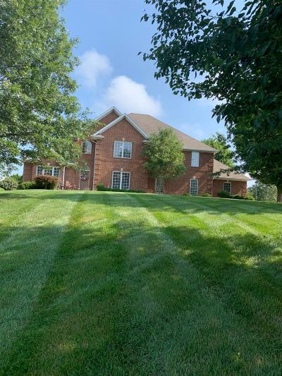 Somerset Single Family Home For Sale: 1057 Woods Edge Drive