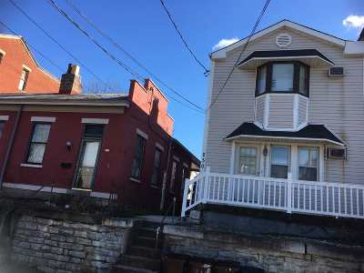 Campbell County Multi Family Home For Sale: 230 4th E