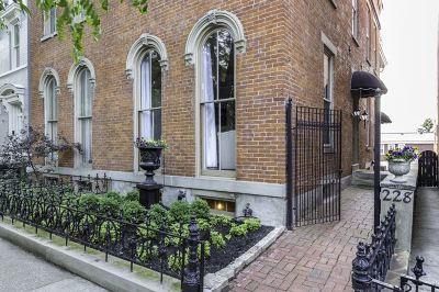 Covington Single Family Home For Sale: 228 E 2nd Street