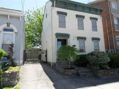 Newport Single Family Home For Sale: 218 E 4th Street