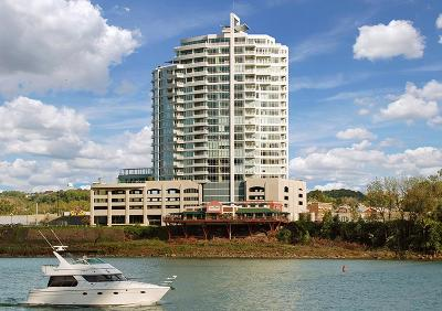 Newport Condo/Townhouse For Sale: 400 Riverboat Row #1703