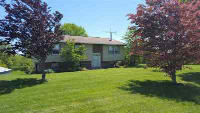 Boone County Single Family Home For Sale: 5580 Botts Lane