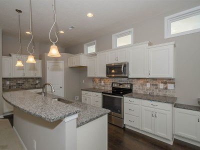 Alexandria Condo/Townhouse For Sale: 7386 Flintshire Drive #1-301