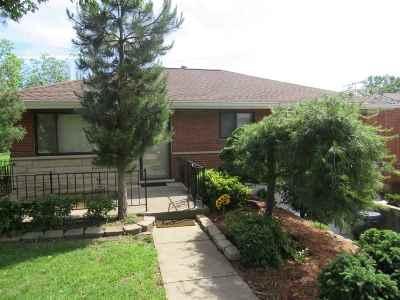Erlanger Single Family Home For Sale: 682 Maple Tree Ln