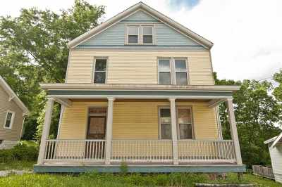 Newport Single Family Home For Sale: 11 21st Street