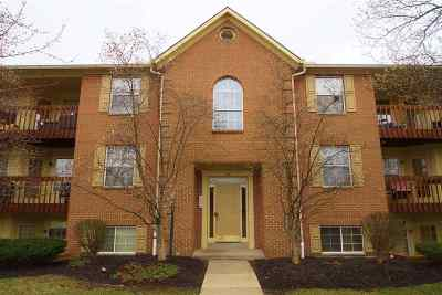 Campbell County Condo/Townhouse For Sale: 28 Highland Meadows Circle #1