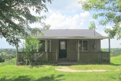 Williamstown Single Family Home For Sale: 855 Reed Kinman