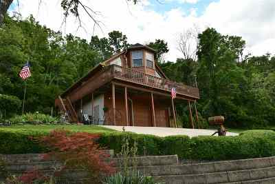 Burlington Single Family Home For Sale: 9500 Lower River Road
