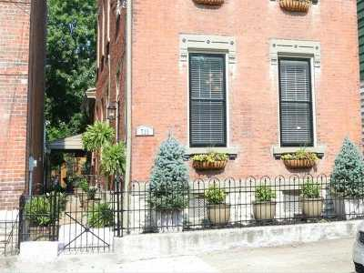Covington Single Family Home For Sale: 715 Philadelphia Street