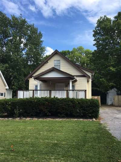 Boone County Single Family Home For Sale: 40 Ridgeway Avenue