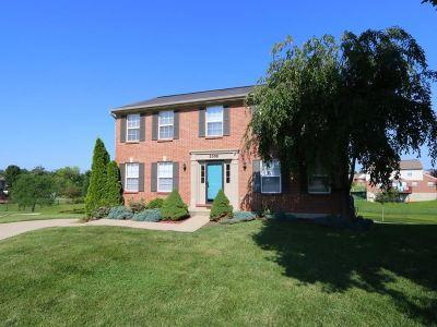 Burlington Single Family Home For Sale: 2305 Lyons Court