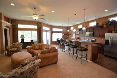 Burlington Condo/Townhouse For Sale: 2311 Paragon Mill Drive