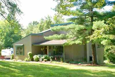 Alexandria Single Family Home For Sale: 13496 Kramer Drive