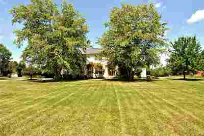 Boone County Single Family Home For Sale: 6161 Doubletree Lane