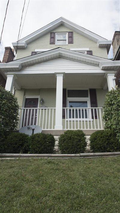 Newport Single Family Home For Sale: 1105 Vine Street