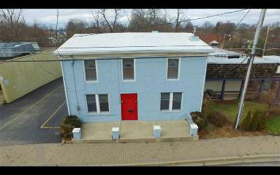 Boone County Single Family Home For Sale: 254 Main Street