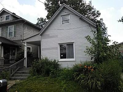 Boone County, Kenton County Single Family Home For Sale: 175 E 43rd E