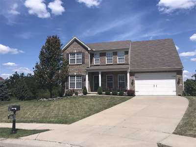 Single Family Home For Sale: 445 Foxhunt