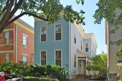 Newport Single Family Home For Sale: 529 Lexington Avenue