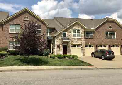 Crescent Springs Condo/Townhouse For Sale: 638 Hidden Pine Way