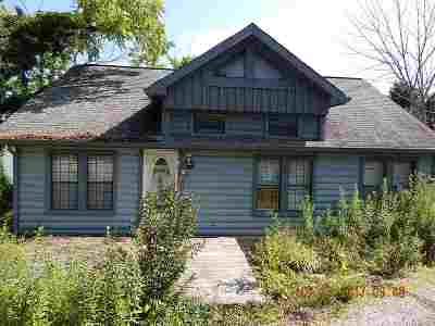 Gallatin County Single Family Home For Sale: 1815 Hwy 42 E