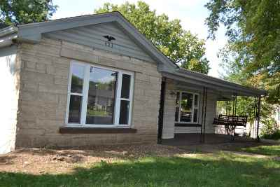 Carroll County Single Family Home For Sale: 403 Main Street