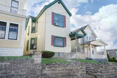 Campbell County Multi Family Home For Sale: 214 Berry Avenue