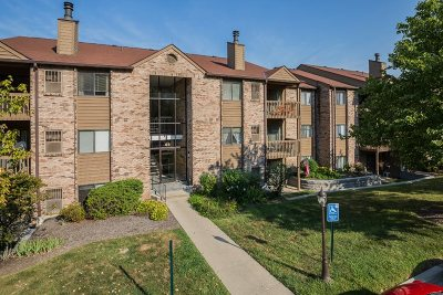 Campbell County Condo/Townhouse For Sale: 68 View Terrace Drive #10