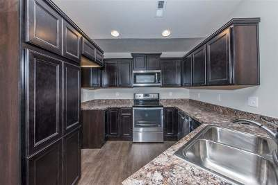 Alexandria Condo/Townhouse For Sale: 7515 Flintshire Drive #4-305