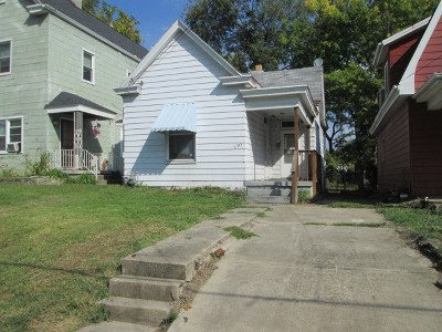 Kenton County Single Family Home For Sale: 110 E 42nd Street