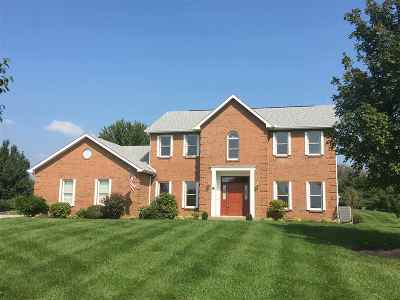 Boone County Single Family Home For Sale: 552 Lassing Way