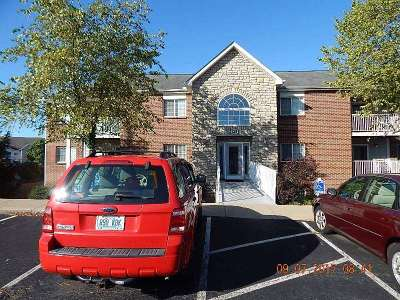 Boone County, Kenton County Condo/Townhouse For Sale: 135 Dale Hollow #8
