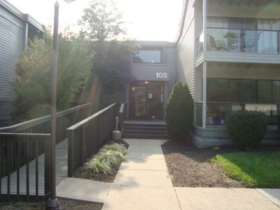 Kenton County Condo/Townhouse For Sale: 105 Winding Way #E