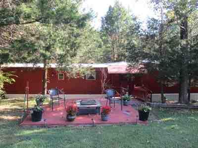 Pendleton County Single Family Home For Sale: 775 Buckeye Hills Road