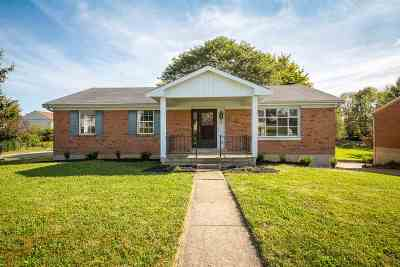 Boone County Single Family Home For Sale: 8498 Pheasant Drive