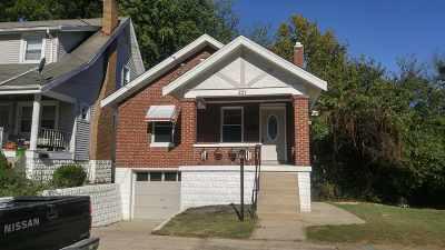 Bellevue Single Family Home For Sale: 221 Roosevelt
