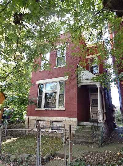 Kenton County Single Family Home For Sale: 15 E 15th