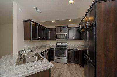 Alexandria Condo/Townhouse For Sale: 7529 Flintshire Drive #4-300