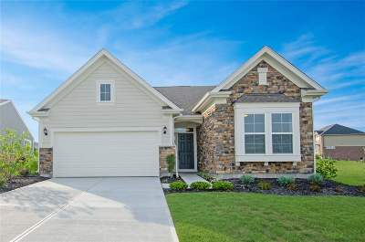 Boone County Single Family Home For Sale: 1324 Woodlawn Court