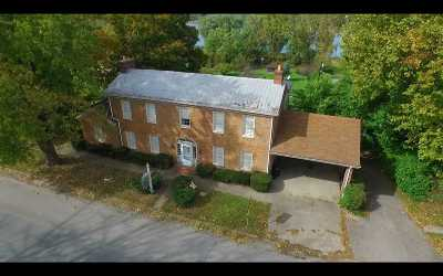 Carroll County Single Family Home For Sale: 411 Main Street