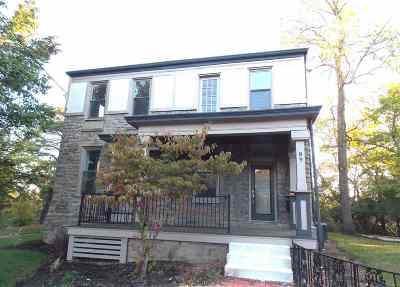 Newport Single Family Home For Sale: 89 Home Street