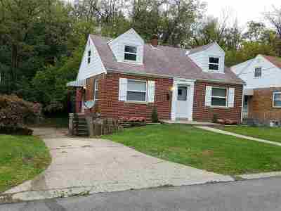 Campbell County Single Family Home For Sale: 341 Riddle Place