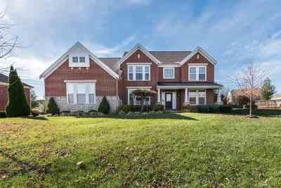 Boone County Single Family Home For Sale: 8605 Marais Drive