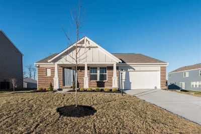 Single Family Home For Sale: 1304 Scottish Lane