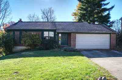 Boone County Single Family Home For Sale: 8561 Winthrop Circle