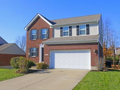 Single Family Home For Sale: 284 Foxhunt Drive