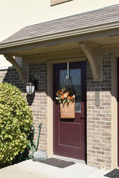 Covington Condo/Townhouse For Sale: 2229 Rolling Hills Drive