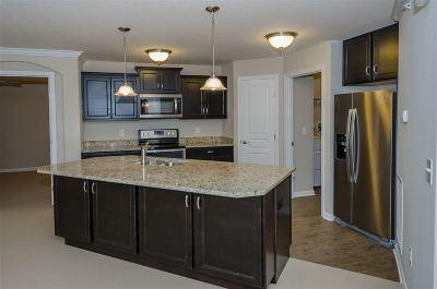 Covington Condo/Townhouse For Sale: 2509 Ambrato Drive #5-201