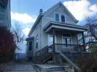 Dayton Single Family Home For Sale: 912 Thornton St.